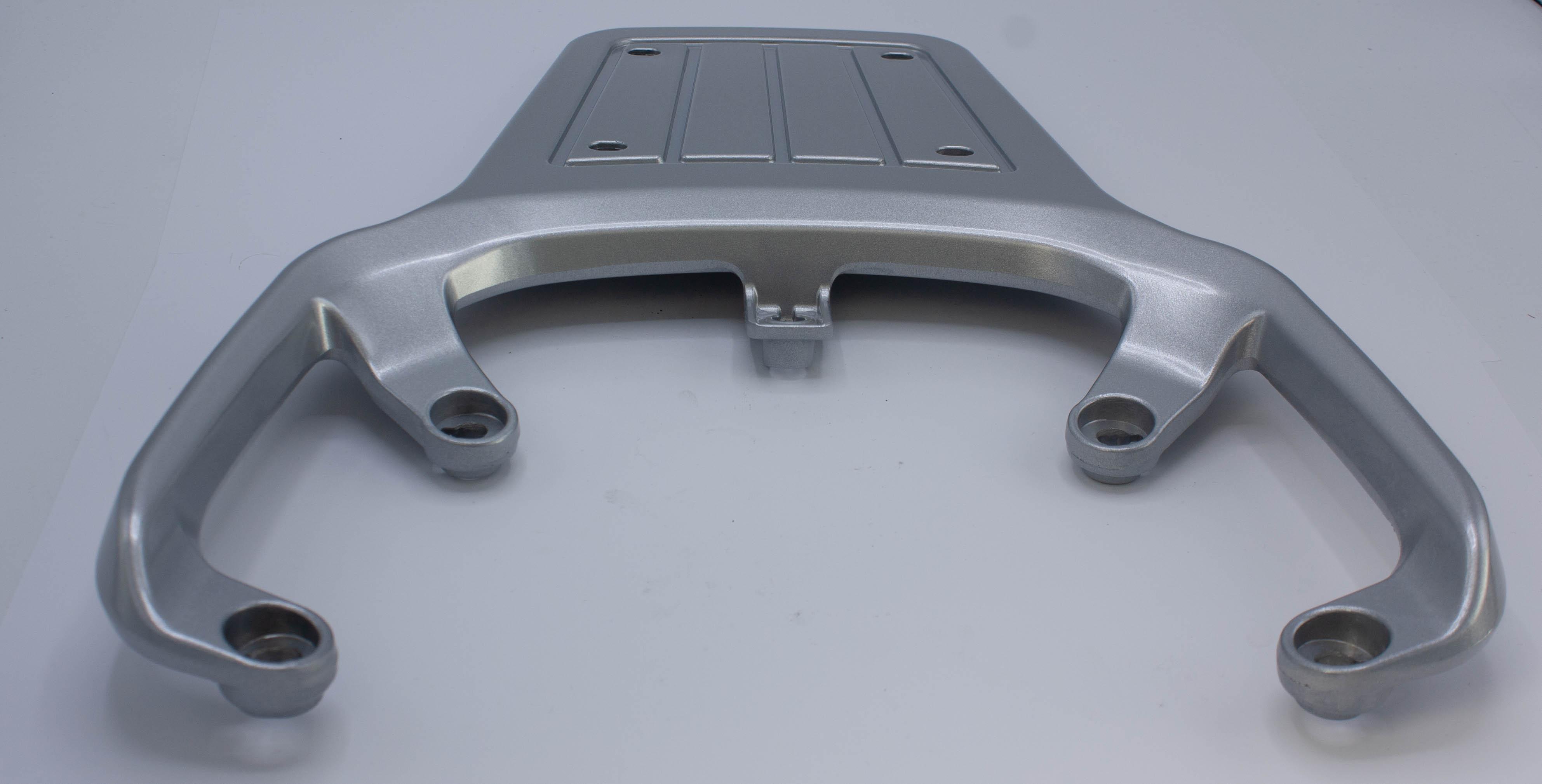 Pakethållare silver piccolo