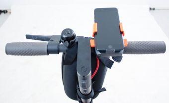 Mobilhållare till el-scooter